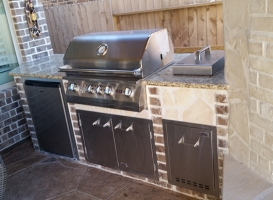 Personal-Touch-Landscape-Outdoor-Kitchen-l-4