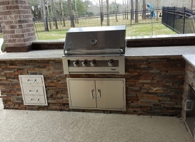 Personal-Touch-Landscape-Outdoor-Kitchen-p-2