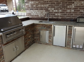Personal-Touch-Landscape-Outdoor-Kitchen-p-3