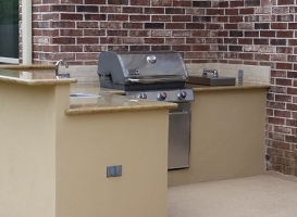 Personal-Touch-Landscape-Outdoor-Kitchen-t-2
