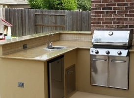 Personal-Touch-Landscape-Outdoor-Kitchen-u-10