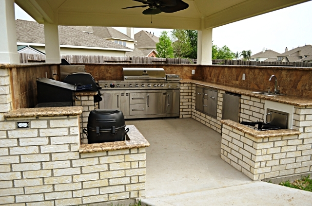 Sugar land outdoor kitchens for Outdoor kitchen designs houston texas